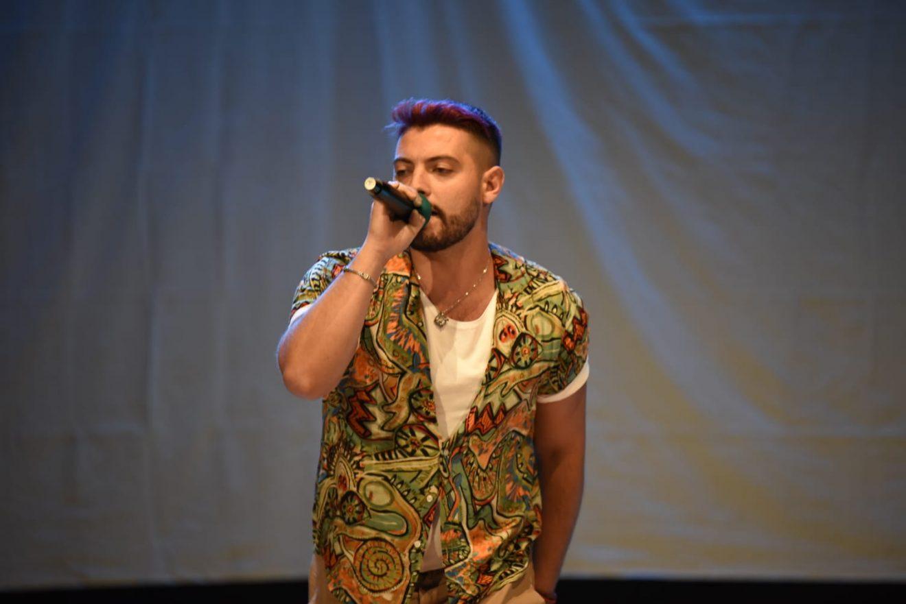 EUGENIO: IL NUOVO FENOMENO DELLA MUSICA NAPOLETANA