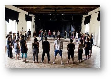 """il Teatro della Canzone napoletana] TRIANON VIVIANI, riparte """"IL TEATRO DELLE PERSONE"""" curato da DAVIDE IODICE"""